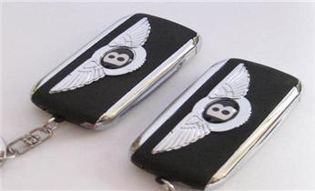 富怡安装指纹锁-防盗门-保险柜开锁换锁电话