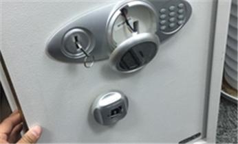 南亭安装指纹锁-防盗门-保险柜开锁换锁电话