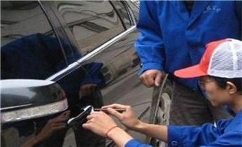 炭步附近开修锁-匹配各种汽车钥匙遥控器
