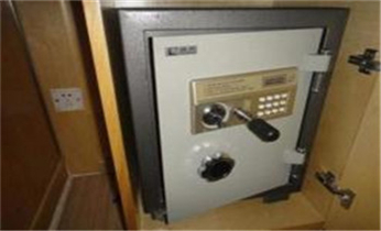 龙湖开锁修锁换锁公司电话-开修换抽屉锁 拉闸门 卷闸门锁遥控