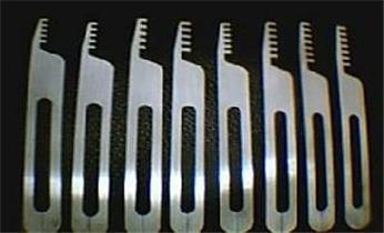 广州配双龙汽车遥控芯片智能钥匙-开汽车锁