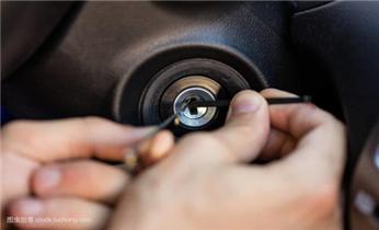 广州防盗门修锁换锁-指纹锁安装