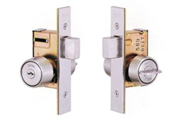 谢岗附近修锁店配钥匙上门服务-修锁换锁芯电话号码