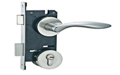 化州钥匙锁在屋里了-怎样可以开防盗门锁-开防盗门锁需要提供什么
