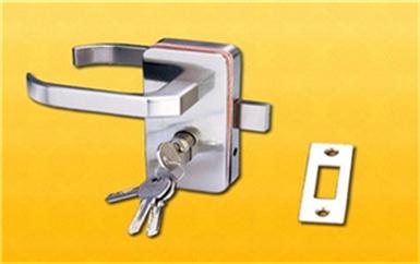 梅县没带钥匙怎么开锁-老式门锁怎么撬开