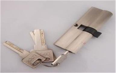 南城暴力撬锁最简单的方法-柜子上的锁没钥匙怎么开