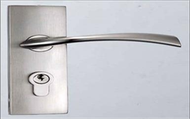 凤岗附近上门开锁多少钱一次-开锁公司师傅电话